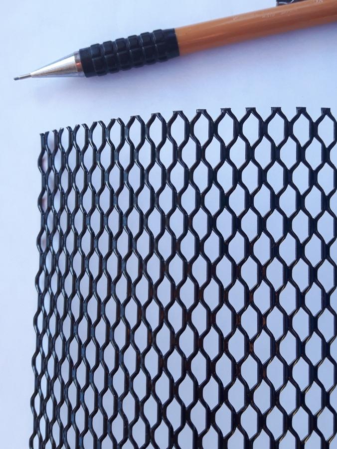stretched aluminum